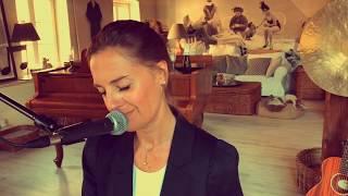 Antonia von Romatowskis Tribute to Roger Cicero: Ich atme ein