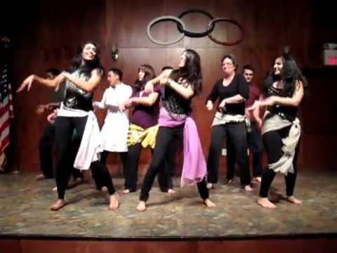 Thug Le dance performance