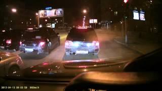 3 заряженных Subaru Forester на красном