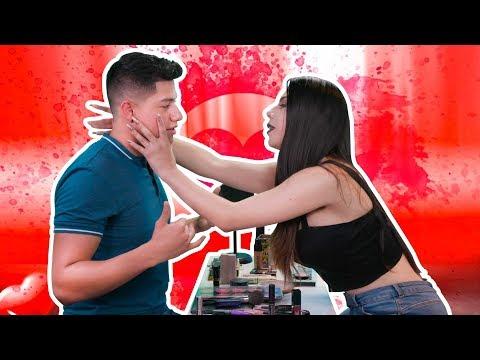 Mi novio me maquilló. Y quedé peor que MOMO