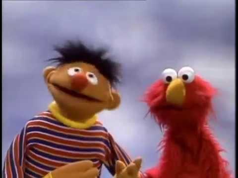 Sesamstraße - Mein Gesicht - Ernie und Elma - YouTube  Sesame