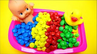 Baby Doll Bath Time Learn Colors m&m Chocolate Nursery Rhymes Finger Song