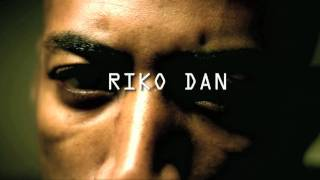 Riko Dan - The Phone Call *OFFICIAL VIDEO*(Buy Riko Dan - Sleeping Giant ft Phone Call http://itunes.apple.com/gb/album/sleeping-giant/id401853925 http://twitter.com/TheRikoDan ..., 2010-10-08T15:31:45.000Z)