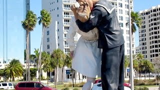 Unconditional Surrender Statue - Art Critique - Sarasota, FL
