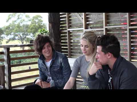 Interview with London Grammar @ Falls Festival Tasmania 2013/14