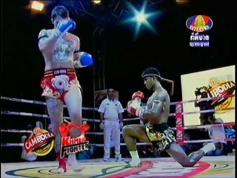 Buakaw Por. Pramuk (Muay Thai) vs Harlee Avison (72kg) 3.27.2013