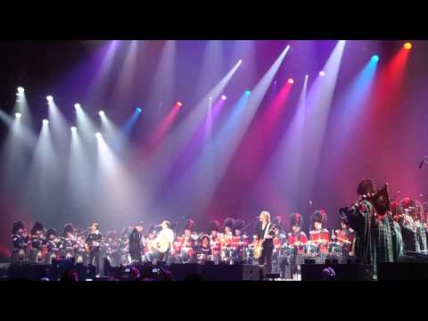 Paul McCartney - Mull of Kintyre - FULL SONG - Vancouver - Nov 25th 2012
