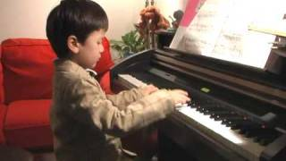 4-year old plays the Entertainer
