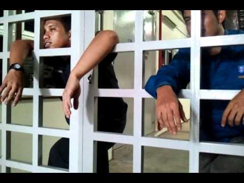 Nyanyian Penjara - Cinta bersegi-segi