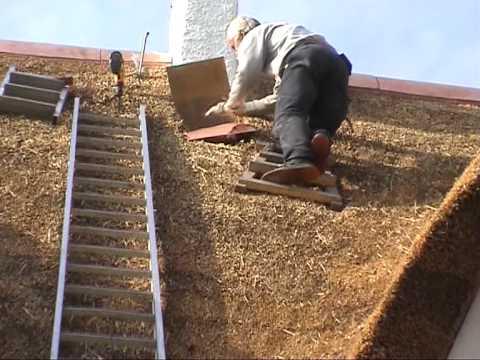 Lufterfirst Von Aktiv Dach Auf Dem Neuen Reetdach Youtube
