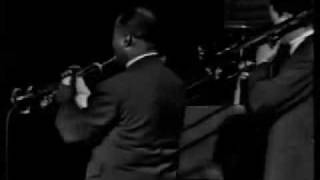 Louis Armstrong   A Kiss To Build A Dream On  Live 1962  failed conv