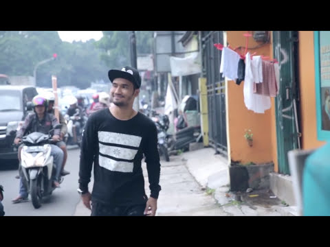 Jflow Feat. Nath The Lion - Slank Me (Official Music Video)