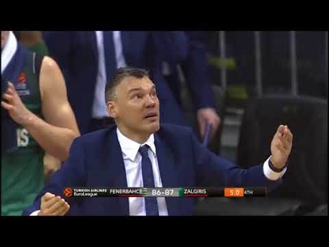 Jasikevicius' Reaction After Milaknis' Three