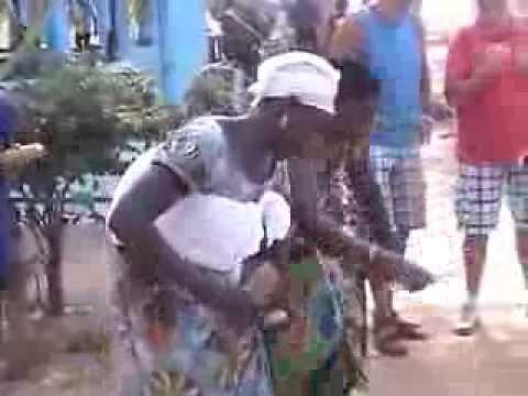 Gambia Brufut Karoninkas Cultural Troup i.s.m. Gambia Santosu Tours
