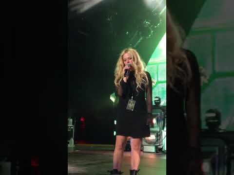 Nickelback - Rockstar with Avril Lavigne, Greek Theatre LA, 08/09/17
