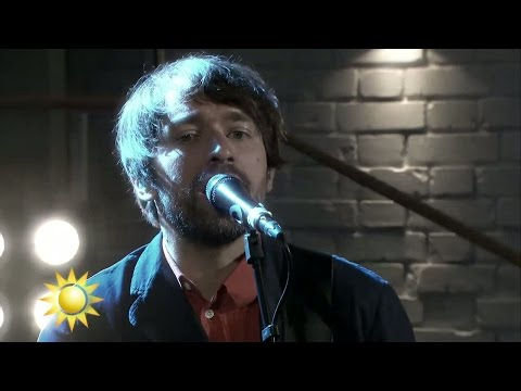 Peter Bjorn and John - Dominos (Live) - Nyhetsmorgon (TV4)