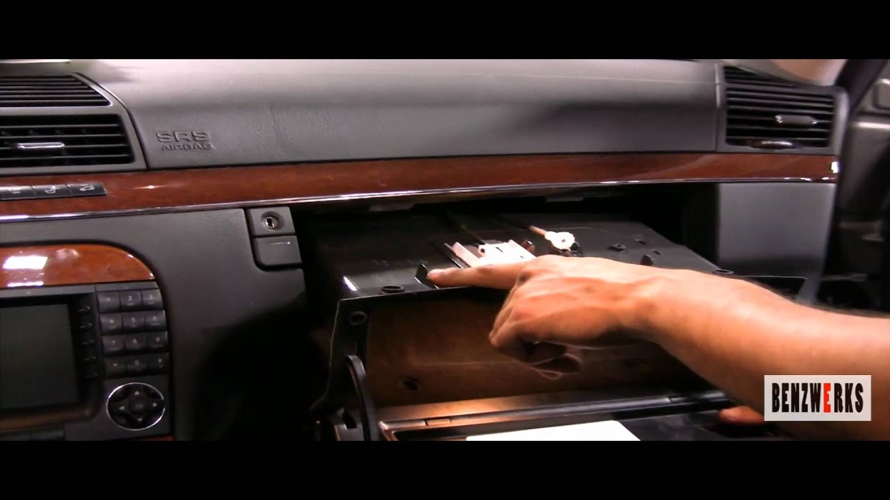 Benzwerks S Class 220 Cabin Air Filters Removal Youtube