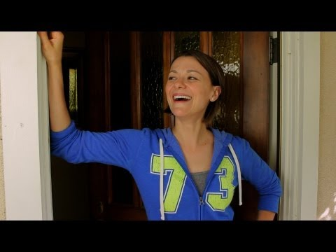 COUCHERS  Episode 7: Maribeth Monroe as The Mall Walker Lady Part 1 of 2