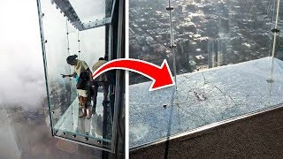 Tourists Didn't Know The Glass Was Unsafe To Stand On, Until It Started To Shatter Under Their Feet
