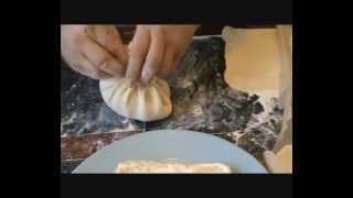 Хачапури с сыром и с зеленью и сыром .wmv