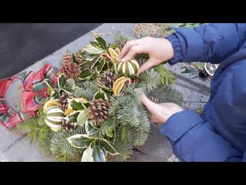 Build Your Own Traditional Christmas Door Wreath From Scratch