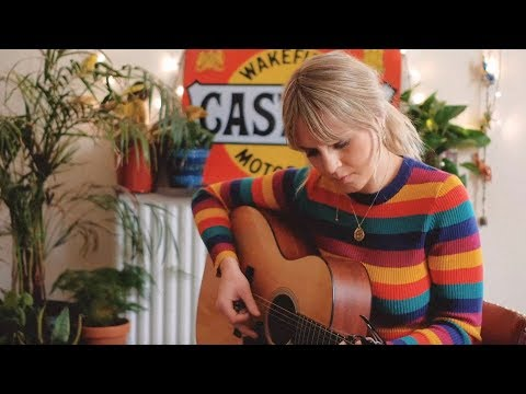 Kerri Watt - Rainbow (Kacey Musgraves Cover)