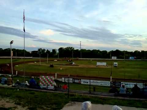 Backwards 4 cylinder race at freeport raceway.