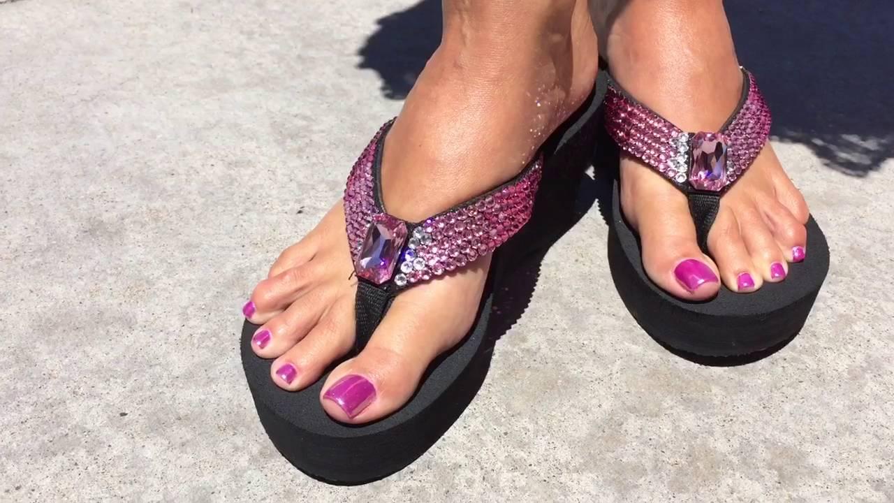 819ac04a930e34 Pretty in Pink ombré Rockstar Flip-flops by Sparkle Steps - YouTube