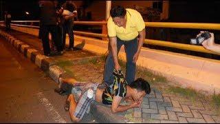 Download Video UNIK!!! Di Karawang ada Pemuda yang Mabuk Pake Air Rebusan Pembalut Wanita! MP3 3GP MP4