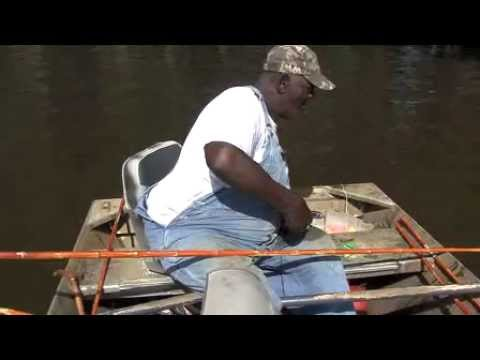 No luggage required caddo lake and huge burgers youtube for Caddo lake fishing report