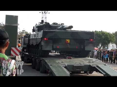 Self Unloading 60 Tons LEOPARD TANK from IVECO ASTRA Trailer Truck