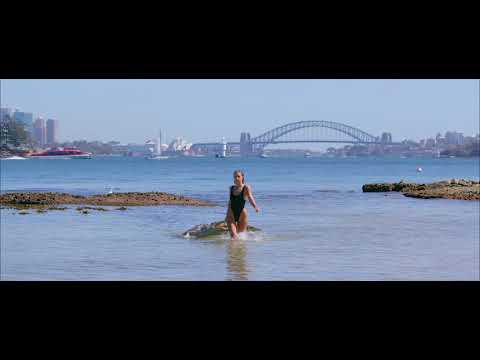 'The Linda' Swimsuit Crocodile Dundee Part 2 from YouTube · Duration:  1 minutes 15 seconds