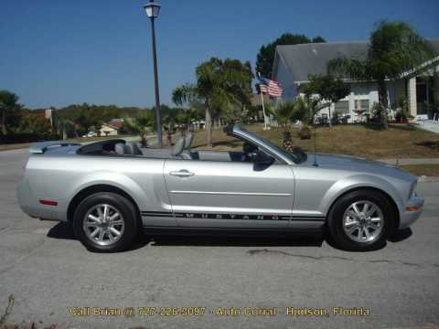 2006 ford mustang convertible youtube. Black Bedroom Furniture Sets. Home Design Ideas