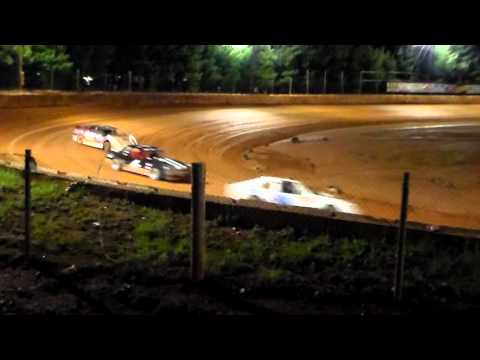 Rolling Thunder Raceway( EXTREME STOCK 4's) 5/6/16