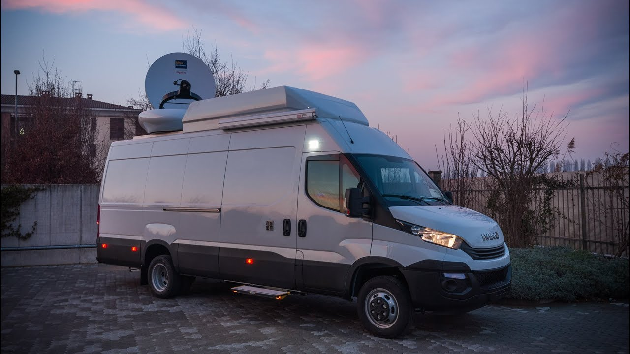 6 HD Cameras DSNG OB Van with drive-away antenna - YouTube