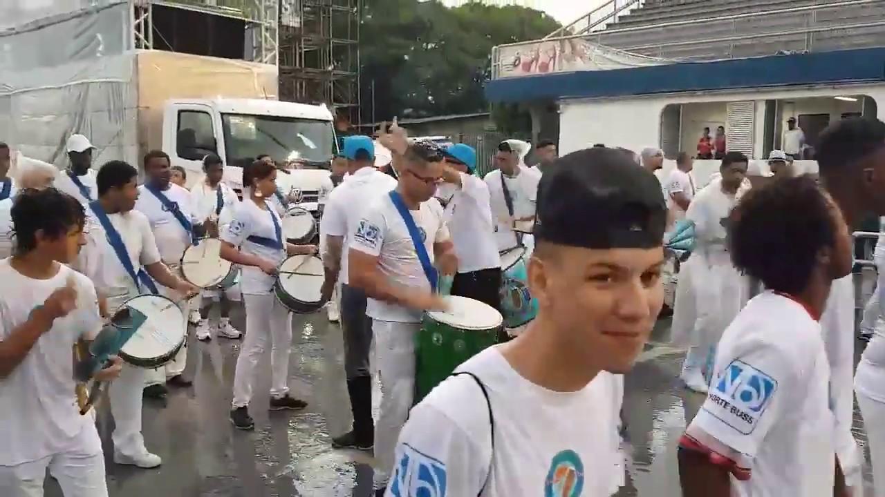 amizade zona leste largada do ensaio técnico carnaval 2019 srzd