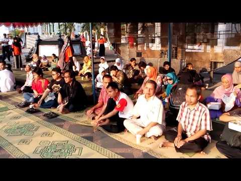 Persiapan Pijat Refleksi Massal Oleh Ikatan Tuna Netra Muslim Di Acara Milad UAD Ke 54