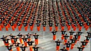 Häftlinge tanzen für Michael Jackson   betabuzz.flv