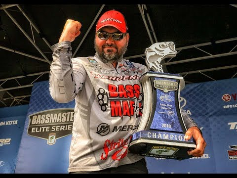 Greg Hackney dominates the Sabine River