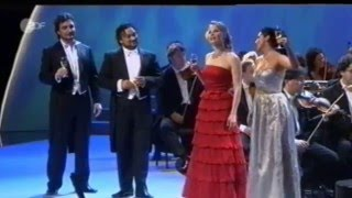 Trinklied,La Traviata,GiuseppeVerdi(Quartett::Anna Netrebko,Elina Garanca (Mezzo-Soprano),Ramon Vargas(Tenor),Ludovic Tezier (Bariton), 2013-10-25T11:04:04.000Z)