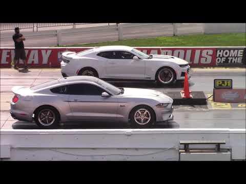 2018 Mustang GT vs 2018 Camaro ZL1 at SCT Indy - 1/4 Mile