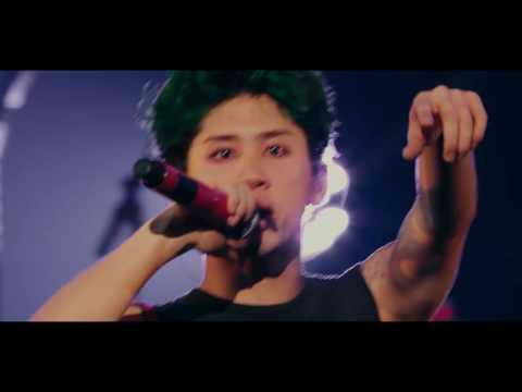 CRY OUT - ONE OK ROCK 2015 35XXXV JAPAN TOUR LIVE & DOCUMENTARY Live