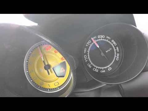 2015 Ferrari California T - 0-300 km/h Acceleration & Sound