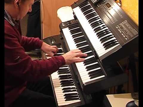 Moonlight Serenade - Glenn Miller (Stereo)