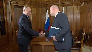 Руководители Крыма и Севастополя доложили В.Путину о социально-экономическом положении региона.