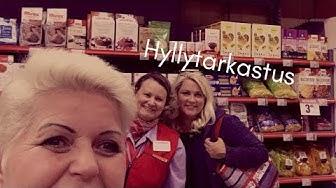 Tädit tarkistivat gluteenittomat hyllyt Porvoossa