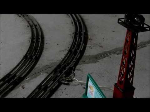 Solving voltage drop for O/027 gauge trains