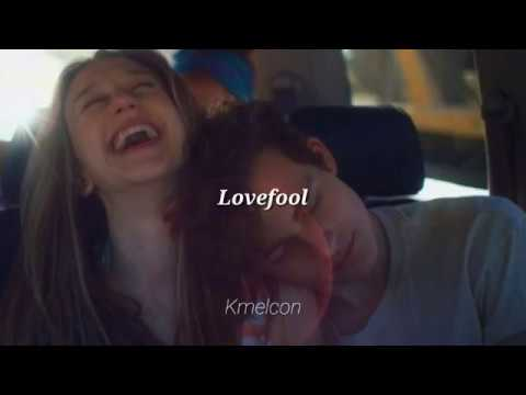 CYN - Lovefool (Letra En Español)