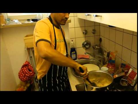 Chef Wasif Aziz-  Secretofspices.com (cooking evening - Pullaow Dish)