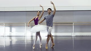 The Art of the pas de deux (Beatriz Stix-Brunell, Nicol Edmonds – The Royal Ballet)